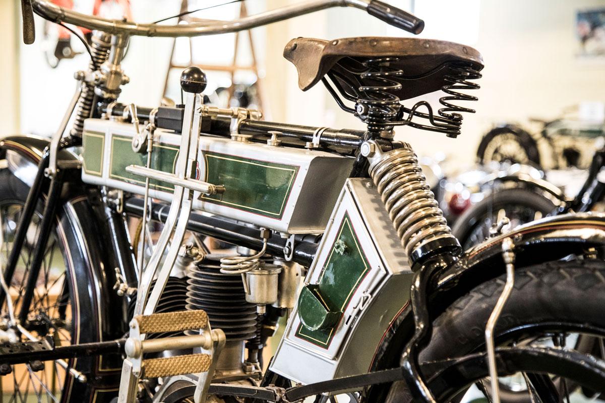 Motorcyklel